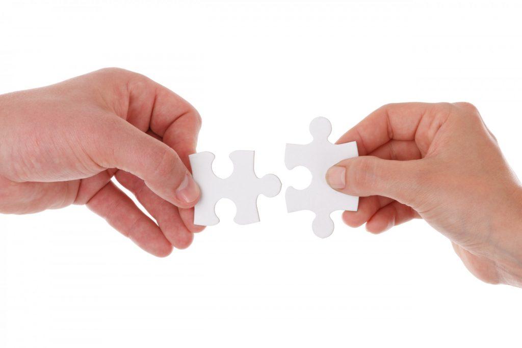 Розкіш і небезпека присутнього контакту та близькості