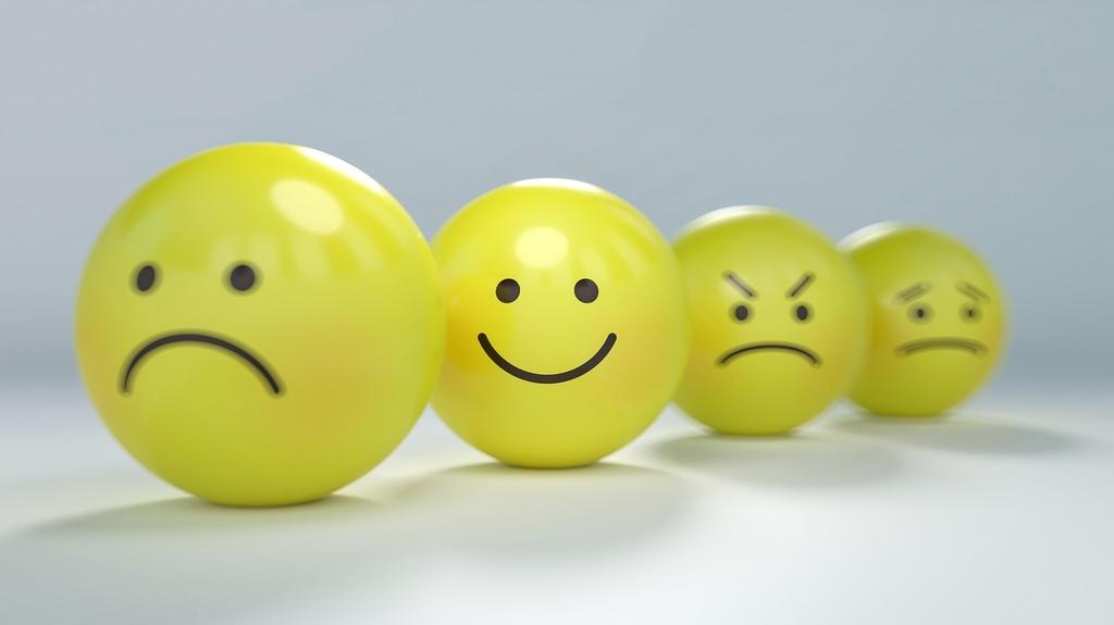 Почему иногда не стоит говорить о своих чувствах?